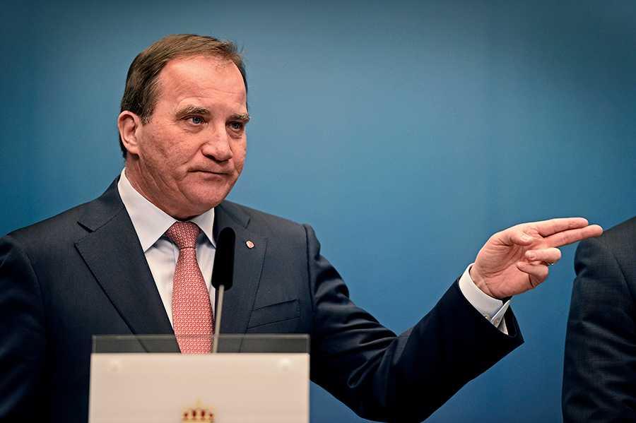 Stefan Löfven pressas av LO om jobben.