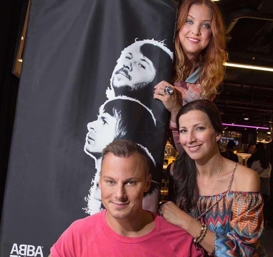 Shirley Clamp, Sonja Aldén och Magnus Carlsson hyllar Björn & Benny.