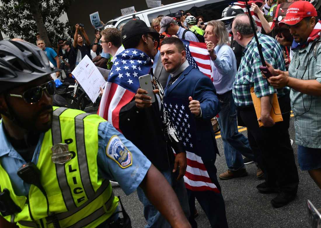 Amerikanska vita nationalister.