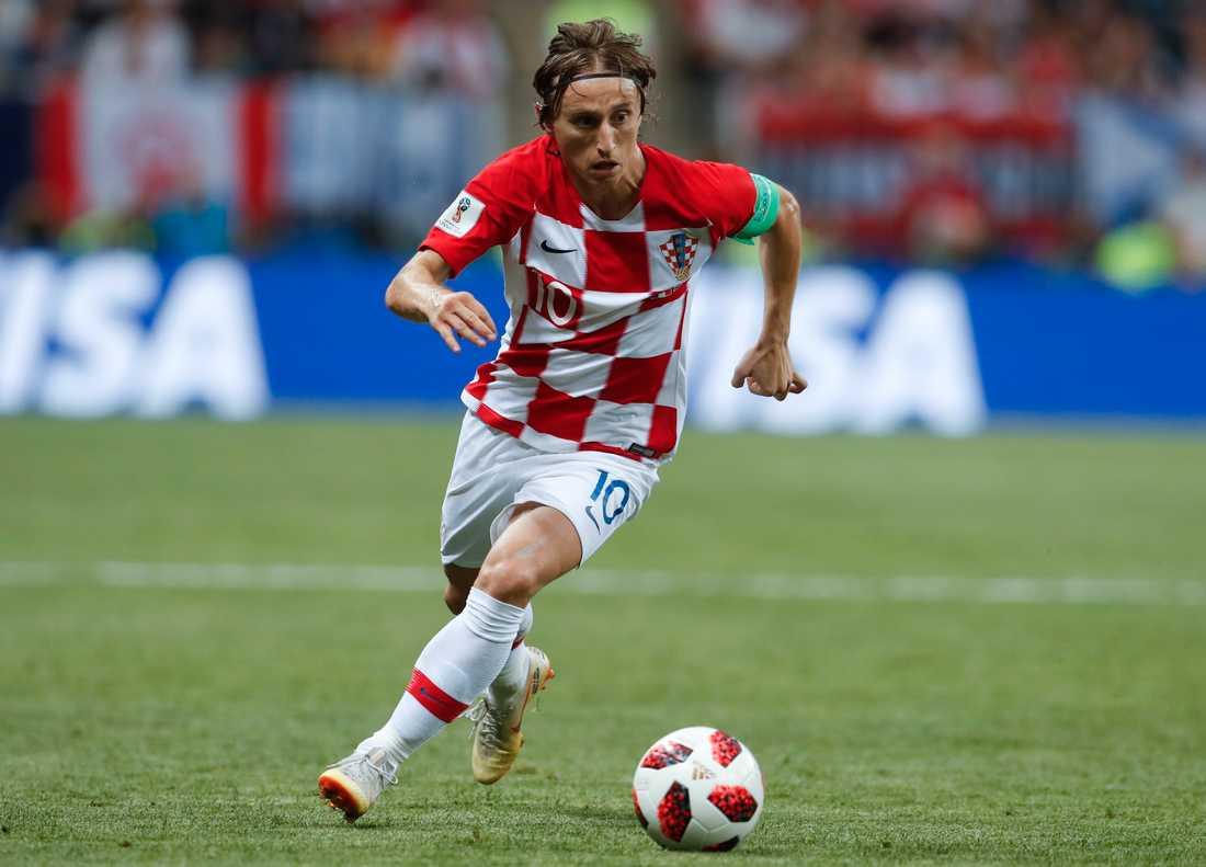 Luka Modric har haft en supersäsong och är med och konkurrerar om priset.