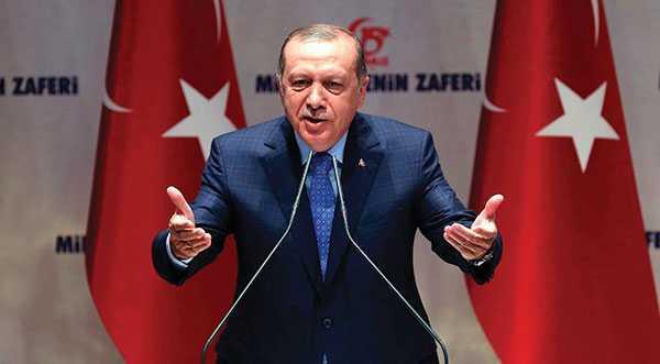 Turkiet har återigen det föga smickrande världsrekordet i antal fängslade journalister, skriver debattörerna.
