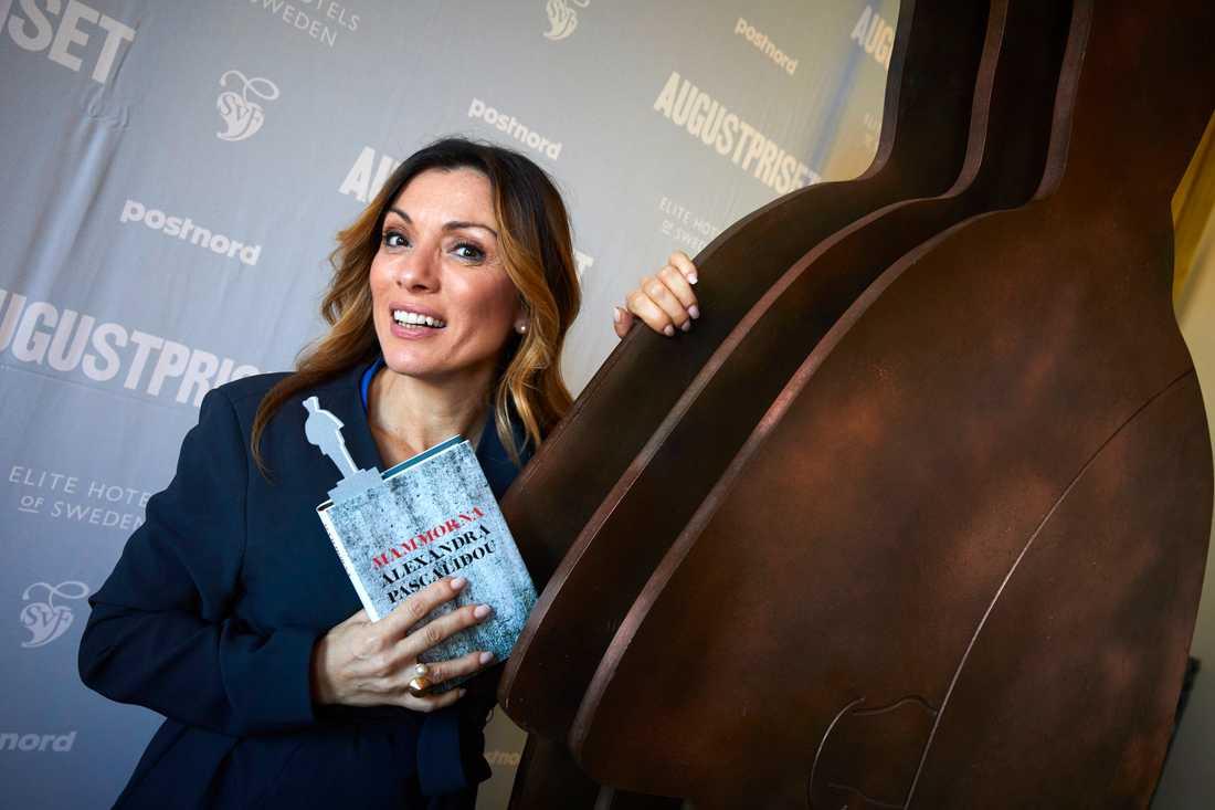 """Alexandra Pascalidou är rörd över att bli nominerad till Augustpriset för boken """"Mammorna"""". """"För mig är detta ett erkännande av mitt författarskap"""", säger hon."""