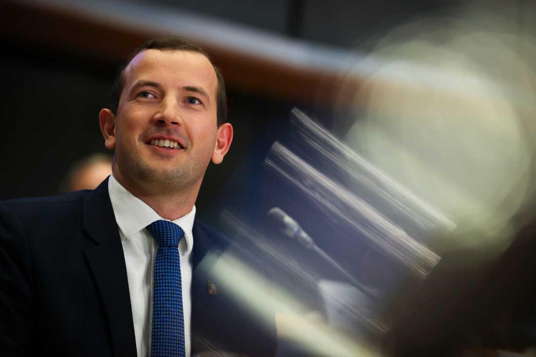 """Litauiske Virginijs Sinkevicius beskrivs som en """"frisk fläkt"""" efter veckans utskottsförhör i EU-parlamentet."""