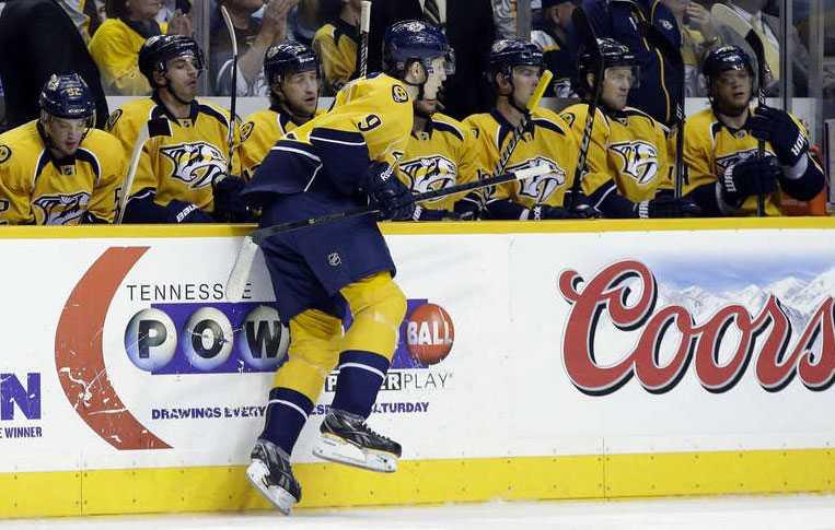 Filip Forsberg gick debutera i NHL i natt.