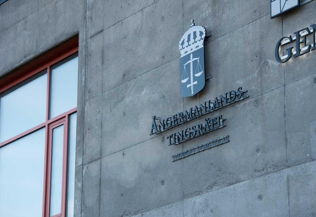 Mannen dömdes i Ångermanlands tingsrätt till fängelse i 1,5 år för dråp på sin svårt sjuka fru. Arkivbild.