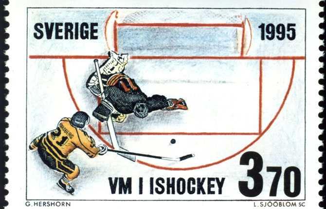 FRIMÄRKET Det historiska målet i OS-finalen gavs ut som frimärke, något som den kanadensiske målvakten inte blev speciellt glad över.