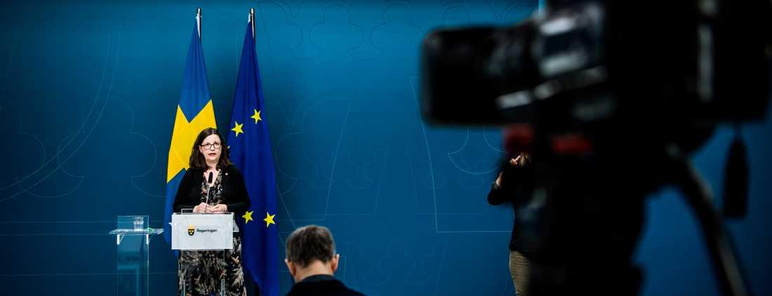 Utbildningsminister Anna Ekström håller pressträff med anledning av coronaviruset, covid-19.