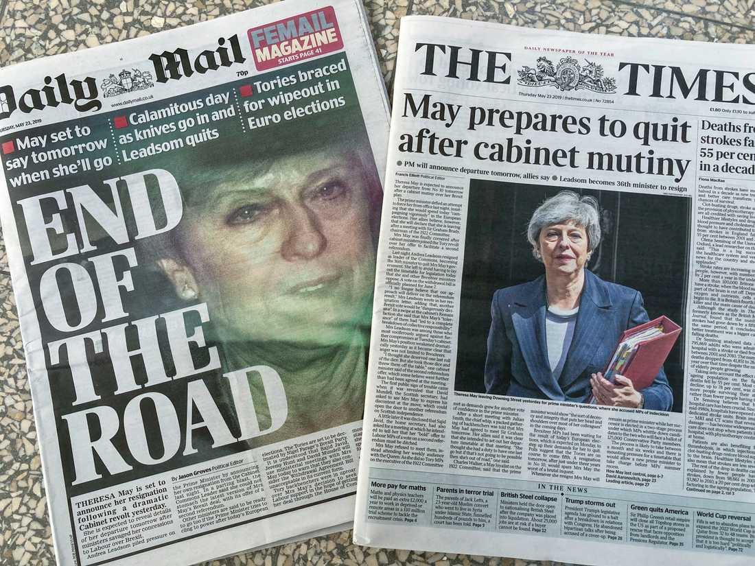Theresa May dominerar återigen förstasidorna i Storbritannien, nu med uppgifterna om en eventuell snar avgång.