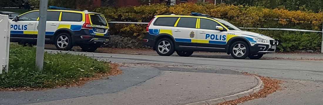 I slutet på september hittades kvinnan död i sin villa