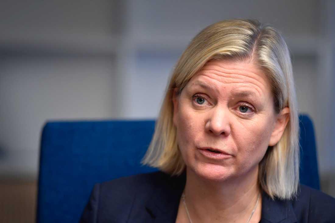 Finansminister Magdalena Andersson (S) spelar ner förväntningarna inför de första samtalen sedan våren 2018 om nya stambanor för höghastighetståg.