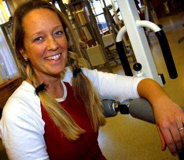 Kapslar in smärtan. För drygt ett år sedan började Maria Nordström ta fiskolja mot sin plågsamma mensvärk.