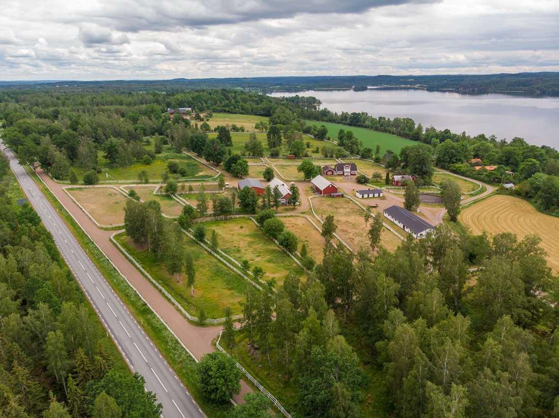 """""""Hassangården"""" där legendariske travtränaren Kjell P. Dahlström höll till."""