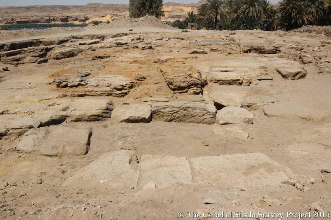Svenska Maria Nilsson och hennes forskargrupp har hittat grunderna till ett antikt tempel i Egypten. Förhoppningsvis är det inte deras sista fynd. – Vi ser det som vår livsuppgift att ta tag i det arkeologiska arbetet på det här platsen, säger hon.