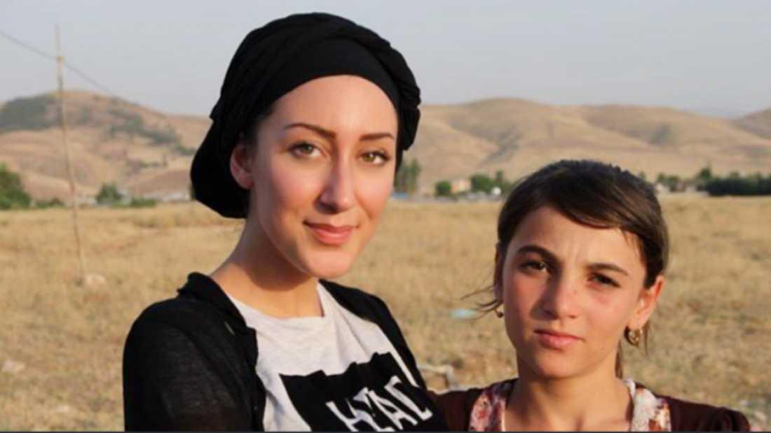 Delal tillsammans med en kurdisk Yezidiflicka som var fånge hos IS i tv år.