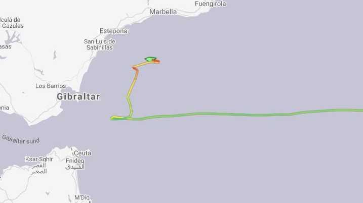 Skärmdump från tjänsten MarineTraffic där fartygets väg kan följas.