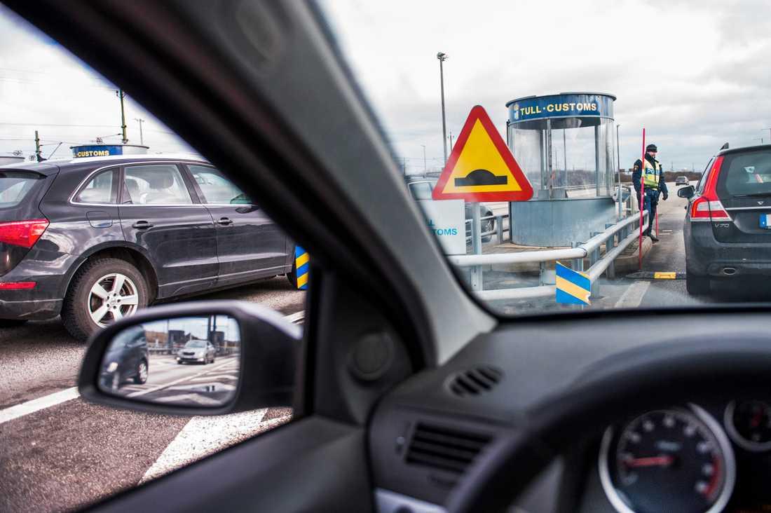 Kontroll på Öresundsbrons svenska sida, arkivbild.