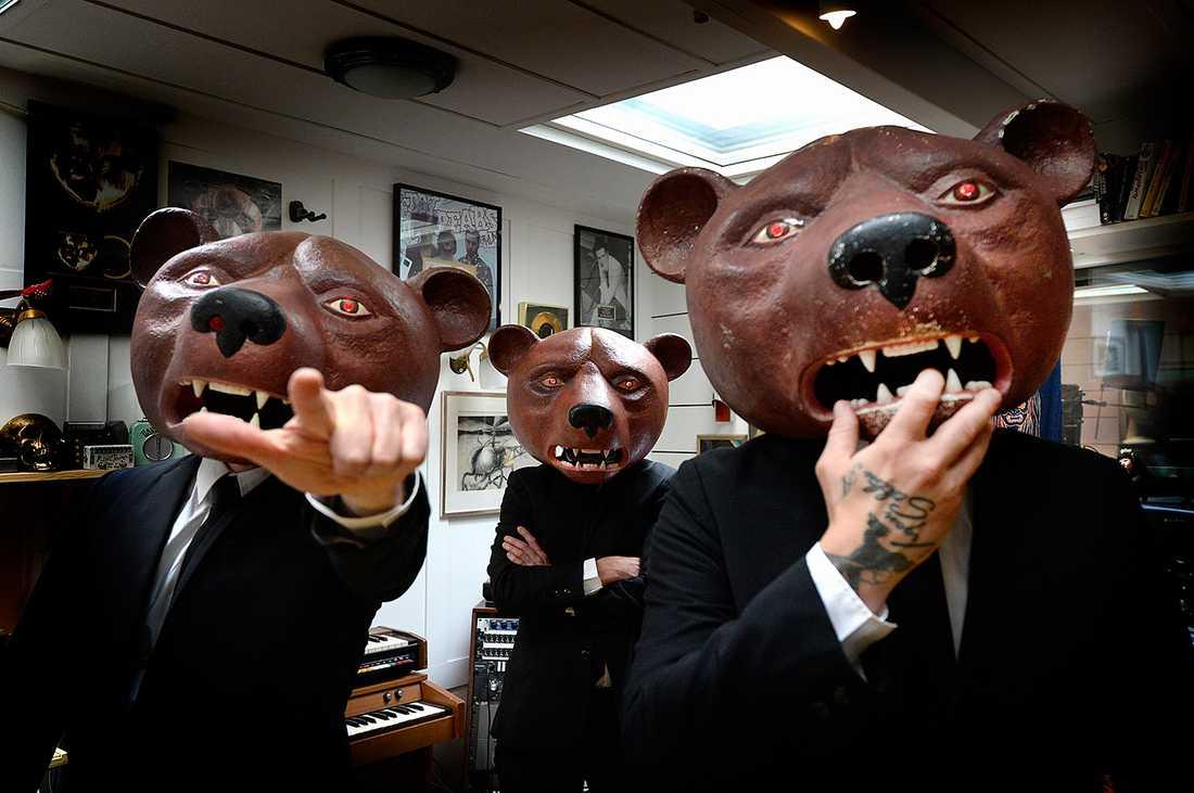Ibland går teddybjörnarna på kontor i slips och kostym.