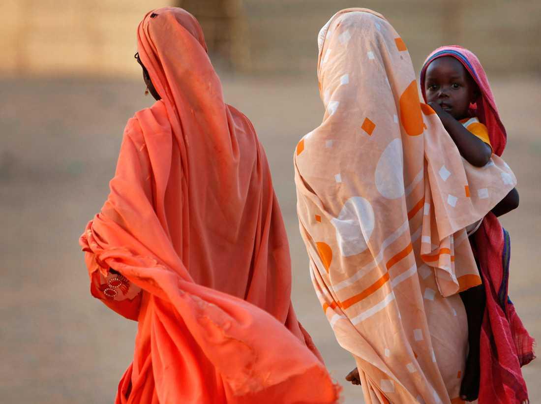 Sudans kvinnor tar flera kliv mot större frihet, i det som tidigare varit en av världens hårdaste diktaturer. I lördags meddelades att könsstympning förbjuds.