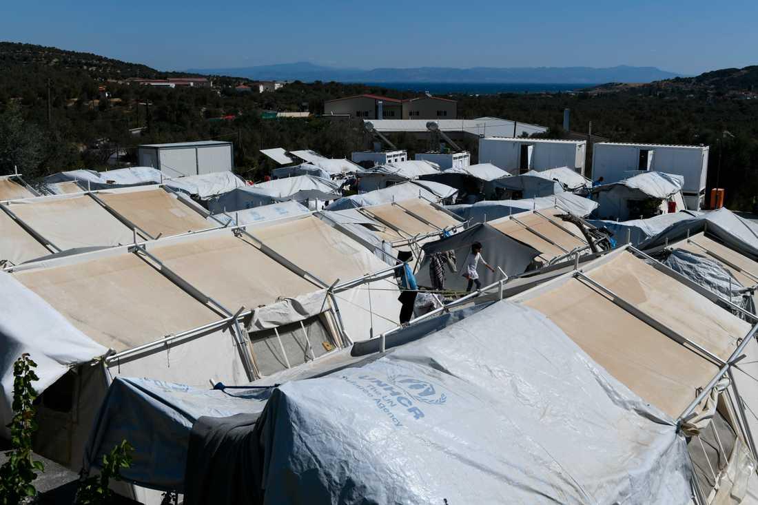 Flyktinglägret Moria är ett av Greklands största. Nu planerar regeringen att ersätta det och ytterligare två läger med nya anläggningar. Arkivbild.