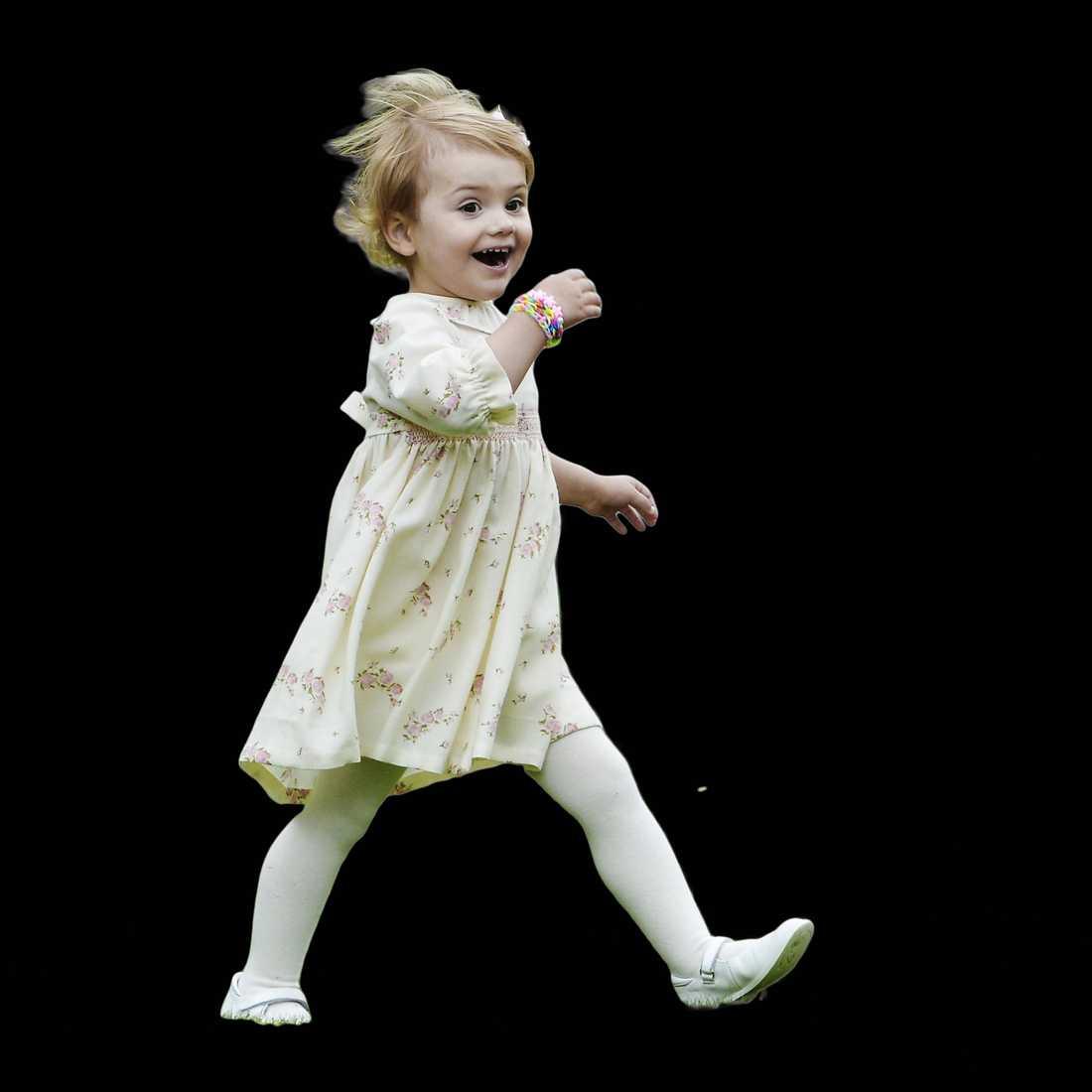 FULL FART FRAMÅT Prinsessan Estelle firar i dag – hon fyller tre år.