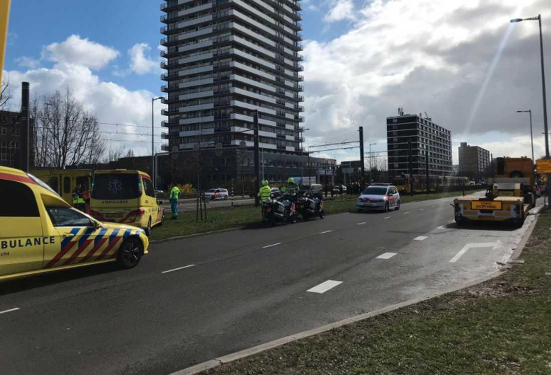 Polisen utesluter inte att händelsen kan ha terrorkopplingar.