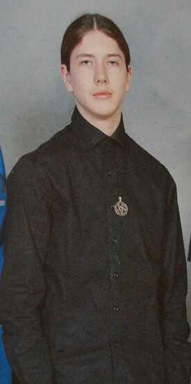 Anton Lundin Petterssons bild ur skolkatalogen från gymnasiet.