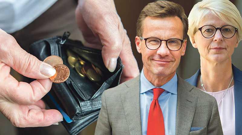Det är både rätt och rättvist att Sveriges pensionärer får mer pengar kvar i plånboken och det bör inte vara någon skillnad i skatt mellan pension och lön, skriver Ulf Kristersson och Elisabeth Svantesson.