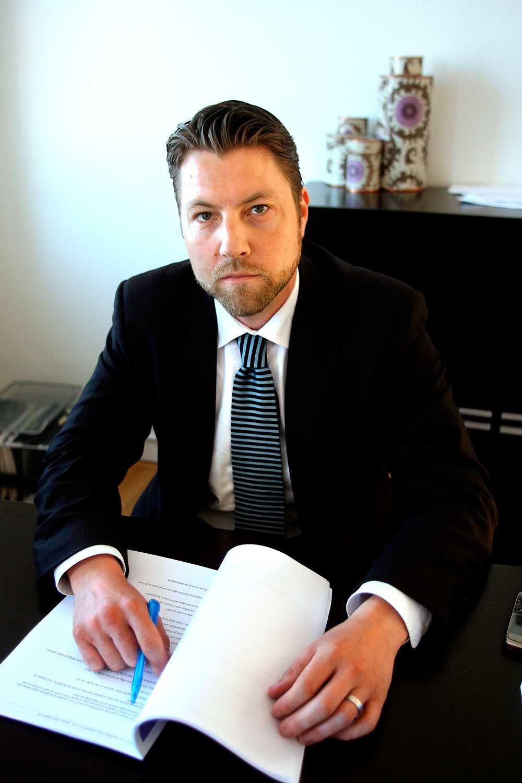 Advokat Anton Strand.