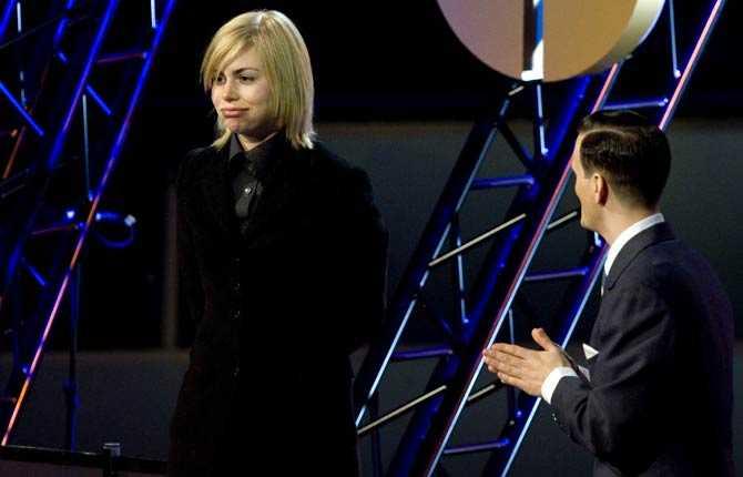 Anna Ternheim fick ta emot priset för Årets album av Salem Al Fakir.