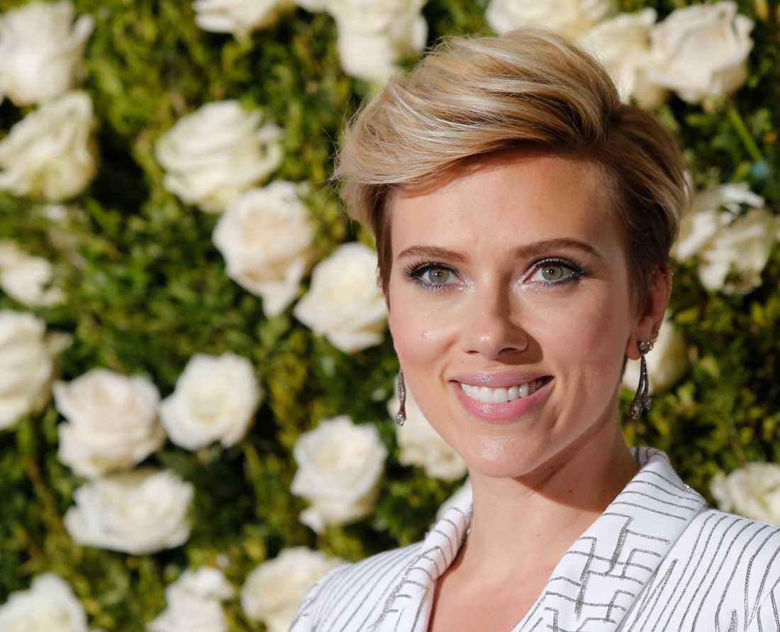 Kärlekslyckan ler mot Scarlett Johansson – igen.
