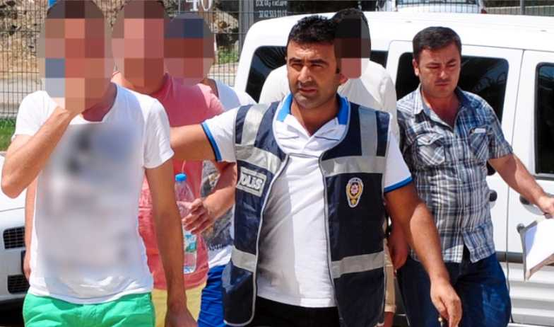 Fyra svenskar har gripits i Alanya misstänkta för våldtäkt.