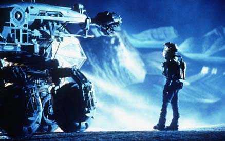 PLANETRÄDDARE. I filmen Armageddon skickades Bruce Willis upp för att spränga en hotande jätteasteroid. Just nu funderar forskare på vilken metod man ska använda om Apophis visar sig bli farlig för Jorden.
