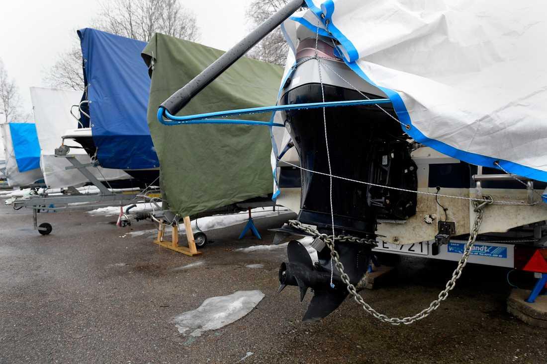 Stulna båtar kan – i bästa fall – snabbt hittas via Facebook. Arkivbild.