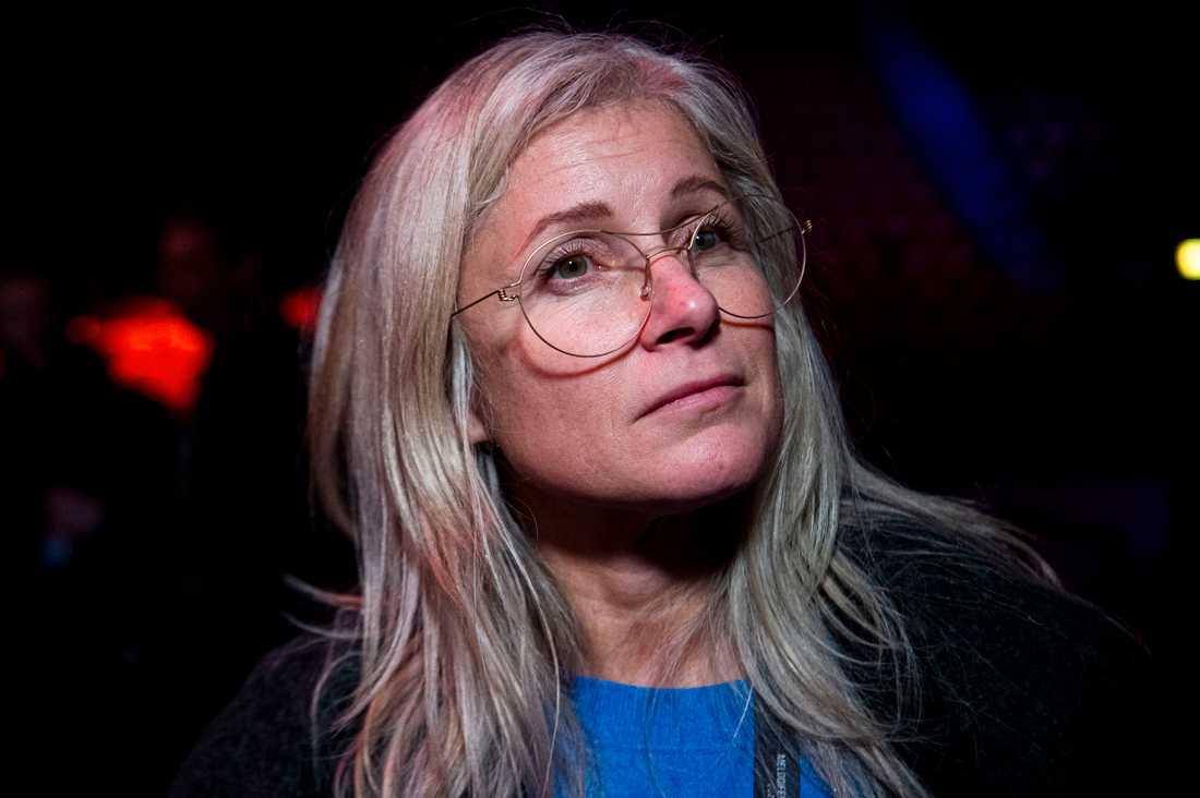 """""""Håller karantän"""". Anette Helenius, Melodifestivalens projektledare berättar om sjukdomen som drabbat tävlingen."""