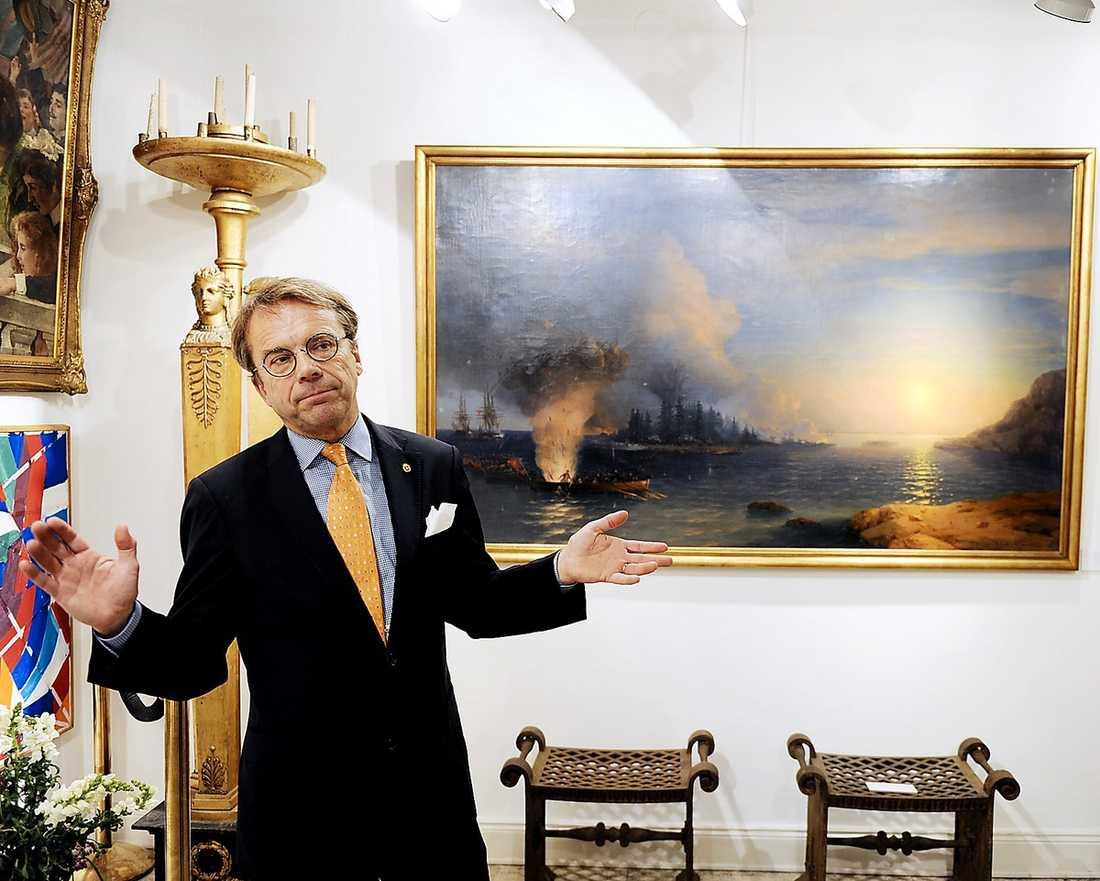 """""""VILL ALDRIG SLUTA"""" – Det här är bland det bästa som hänt under mina 30 år i auktionsbranschen. Det är det här som gör att man aldrig vill sluta, säger Antikrundan-profilen Knut Knutson efter att han själv sålt målningen."""