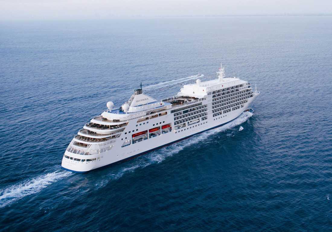 Silver Spirit är knappt 200 meter långt men tar blygsamma 540 gäster. Det finns därför gott om plats ombord trots det relativt lilla formatet.