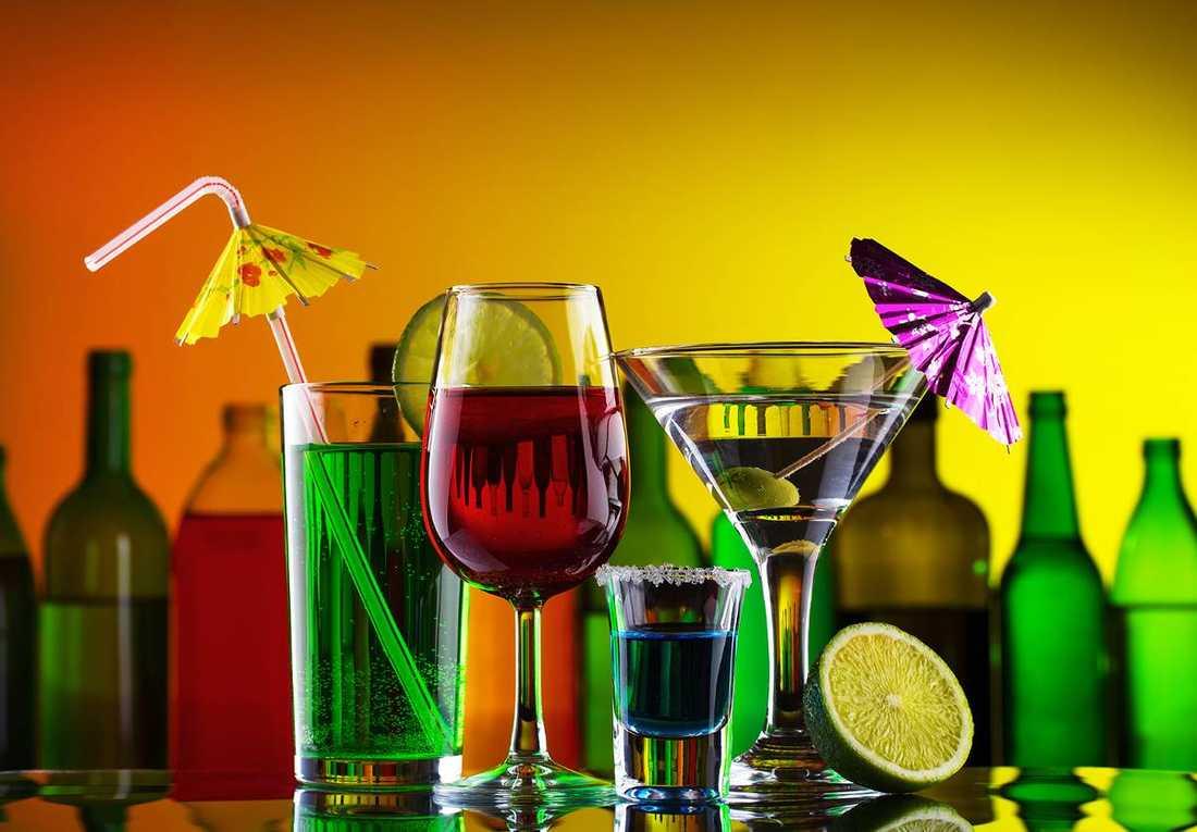 Dolt beroende. Många har ett måttligt beroende av alkohol, men vill inte söka hjälp för att det är skambelagt och för med sig krav på att bli sluta dricka helt. Det är dags att förändra vården.