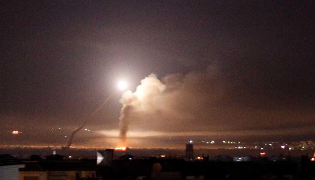 Missiler sedda från Damaskus på torsdagen.