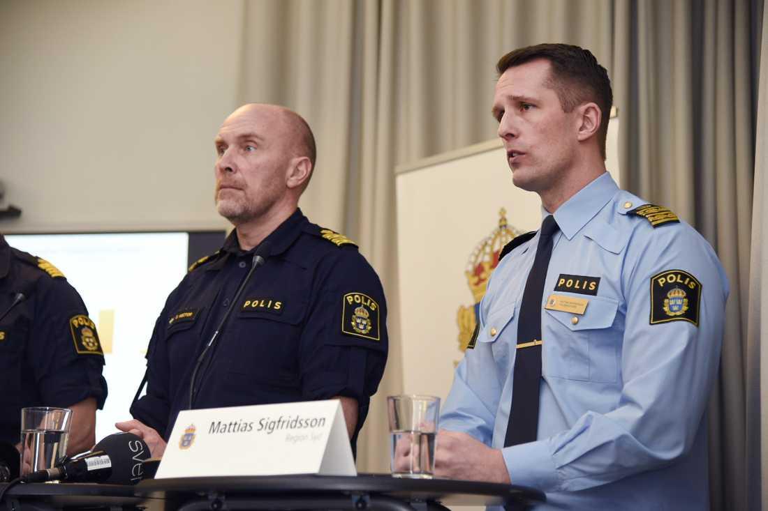 Stefan Hector, nationell kommenderingschef, samt Mattias Sigfridsson, tillförordnad polisområdeschef i Malmö.