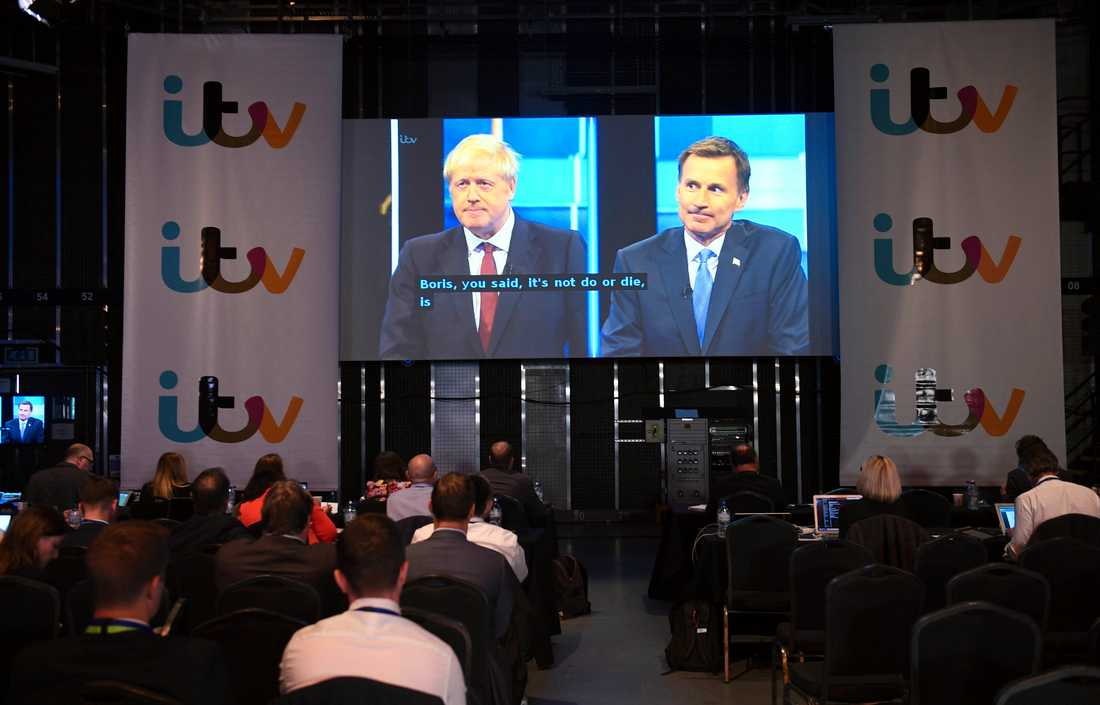 Boris Johnson och Jeremy Hunt, kandidaterna till partiledarskapet i det brittiska Konservativa partiet och därmed till posten som landets premiärminister, möttes i en tv-sänd debatt på tisdagskvällen.