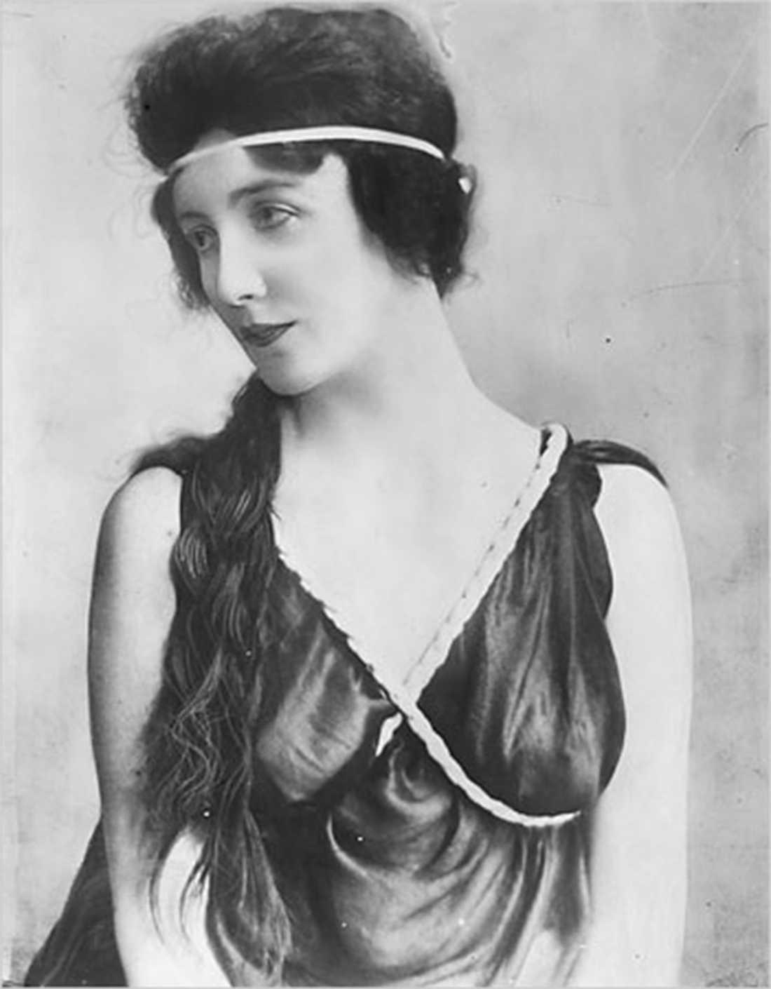 ... men intressantast var Audrey Munson (1891–1996), en amerikansk modell och skådespelerska.