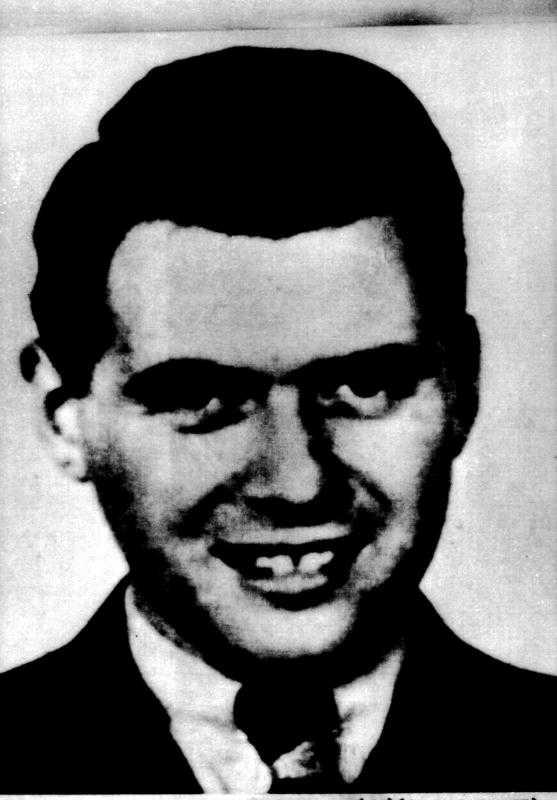 Dr Josef Mengele utförde hänsynslösa experiment på fångarna. Flydde till Argentina.
