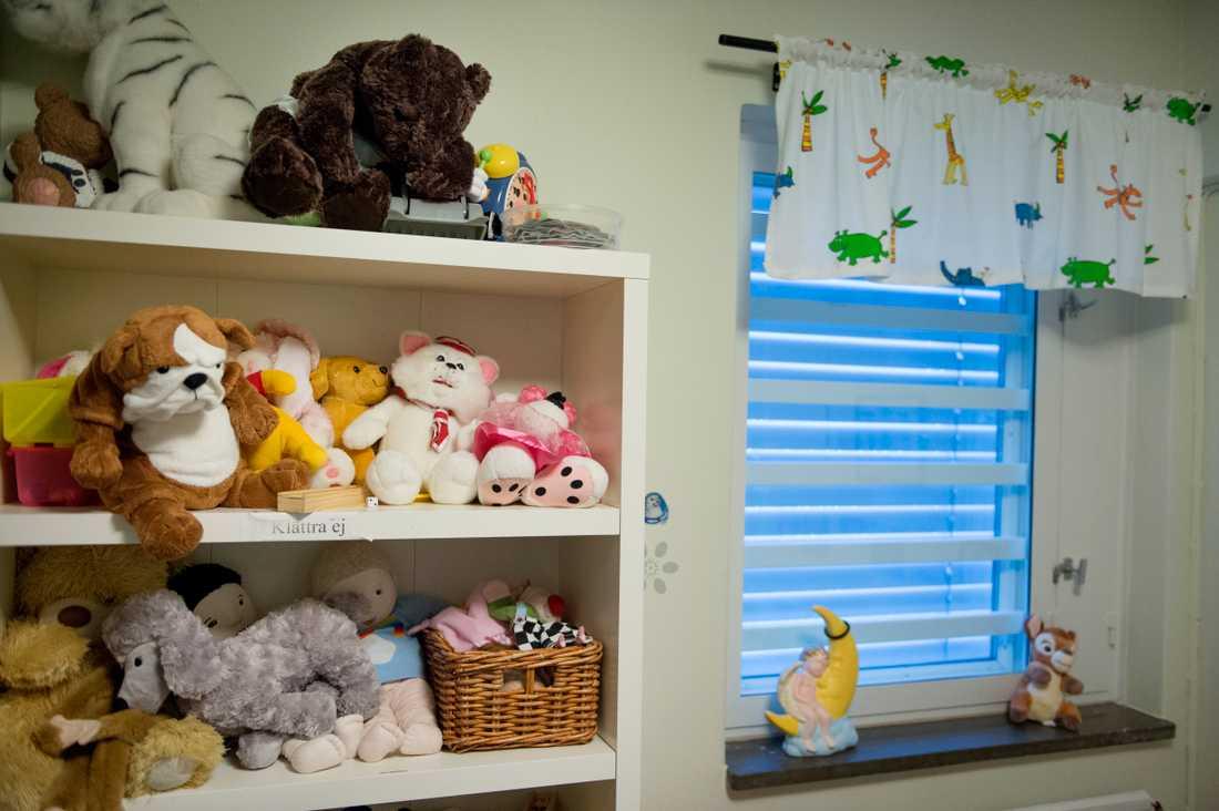 Besöksrum på anstalt där barn kan möta en intagen förälder. Arkivbild.