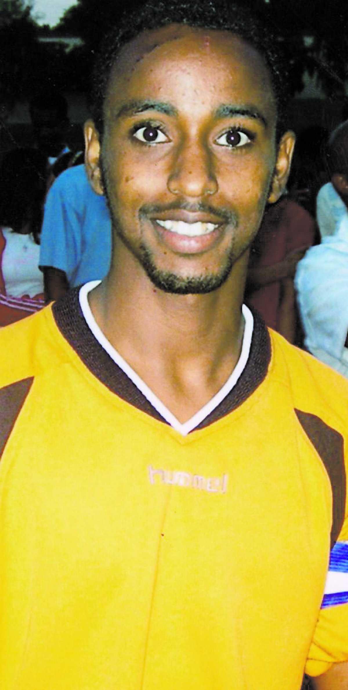 fotbollstalang Husbys egen Romario hette egentligen Ahmed Ibrahim Ali. Han var en stor fotbollstalang, därav hans smeknamn. Romario blev bara 23 år.