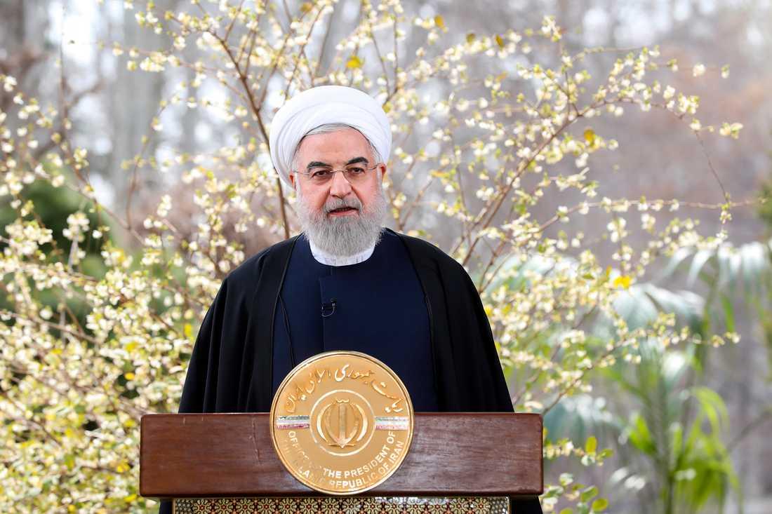 Irans president Hassan Rohani uppger att en bröllopsfest kan ligga bakom ökningen av smittofall.
