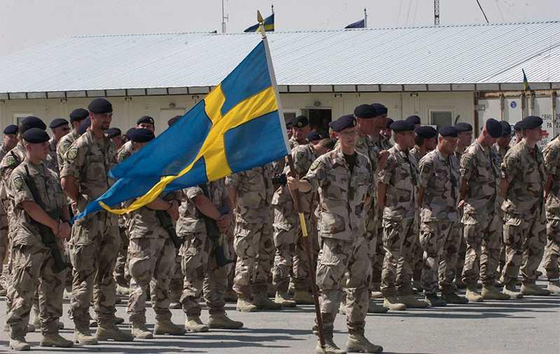Svenska Isaf-soldater i  Mazar-e Sharif 2008. Foto: AP