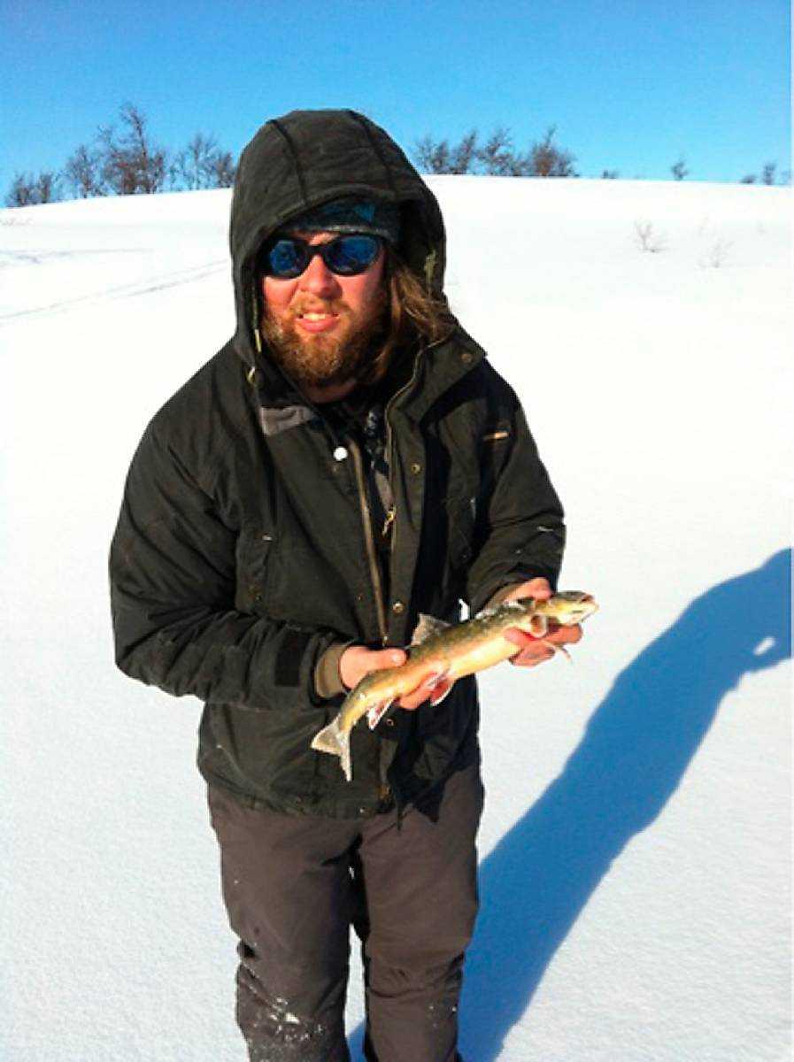 började 1 januari Under hundra nätter har Peder Karlsson, 29, sovit i en sovsäck på fjället utanför Tärnaby.