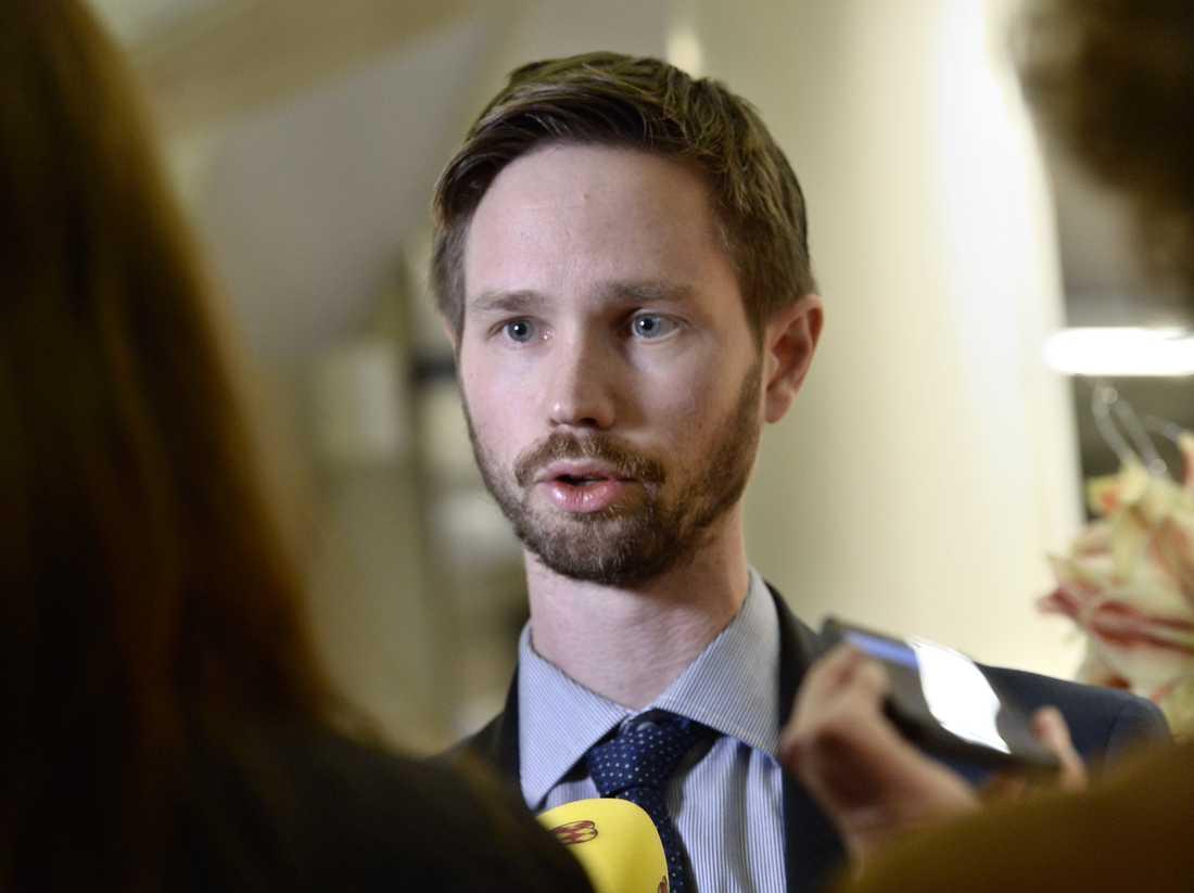 Rasmus Ling (MP) vill utvärdera svensk narkotikalagstiftning. Arkivbild.