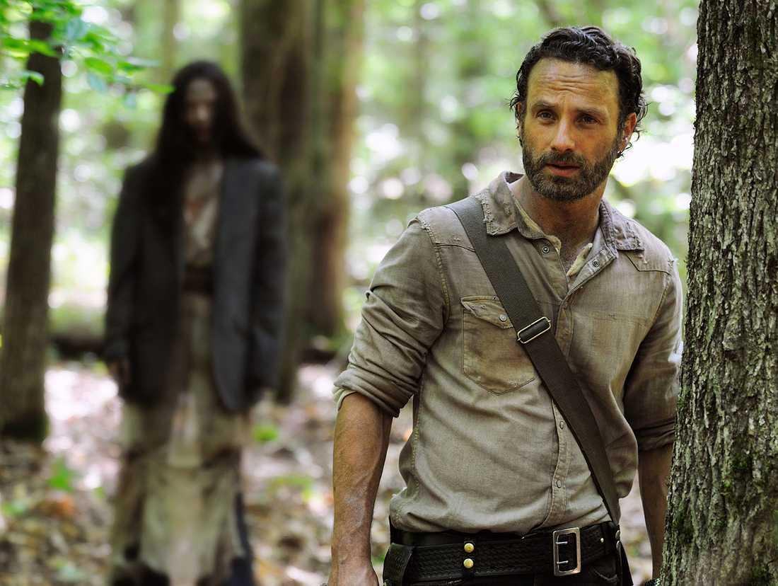 """Scen ur populära zombieserien """"The walking dead""""."""