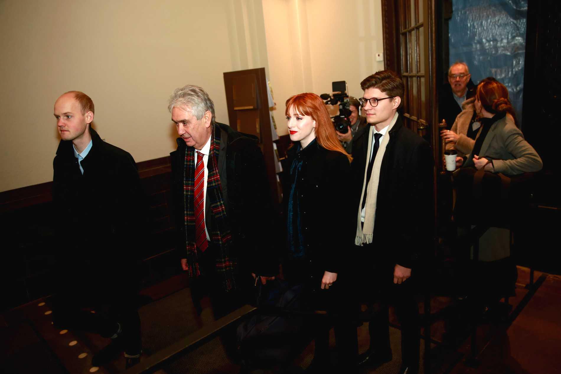 Nu möts Cissi Wallin och Fredrik Virtanen i rätten